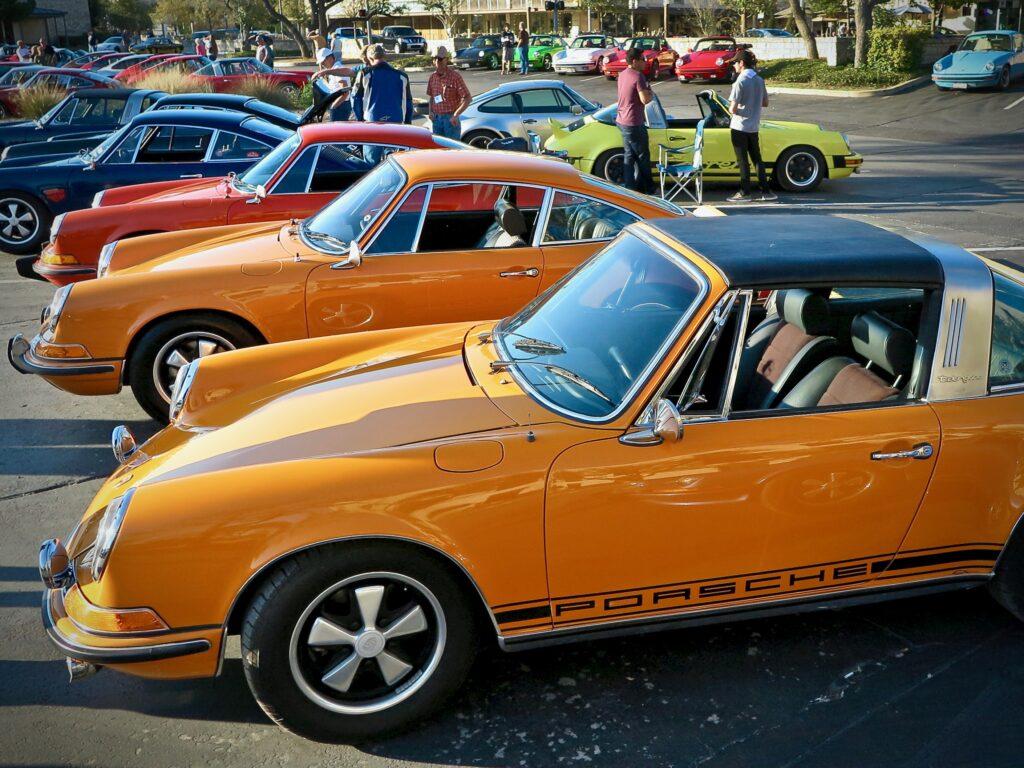 Oranssi Porsche
