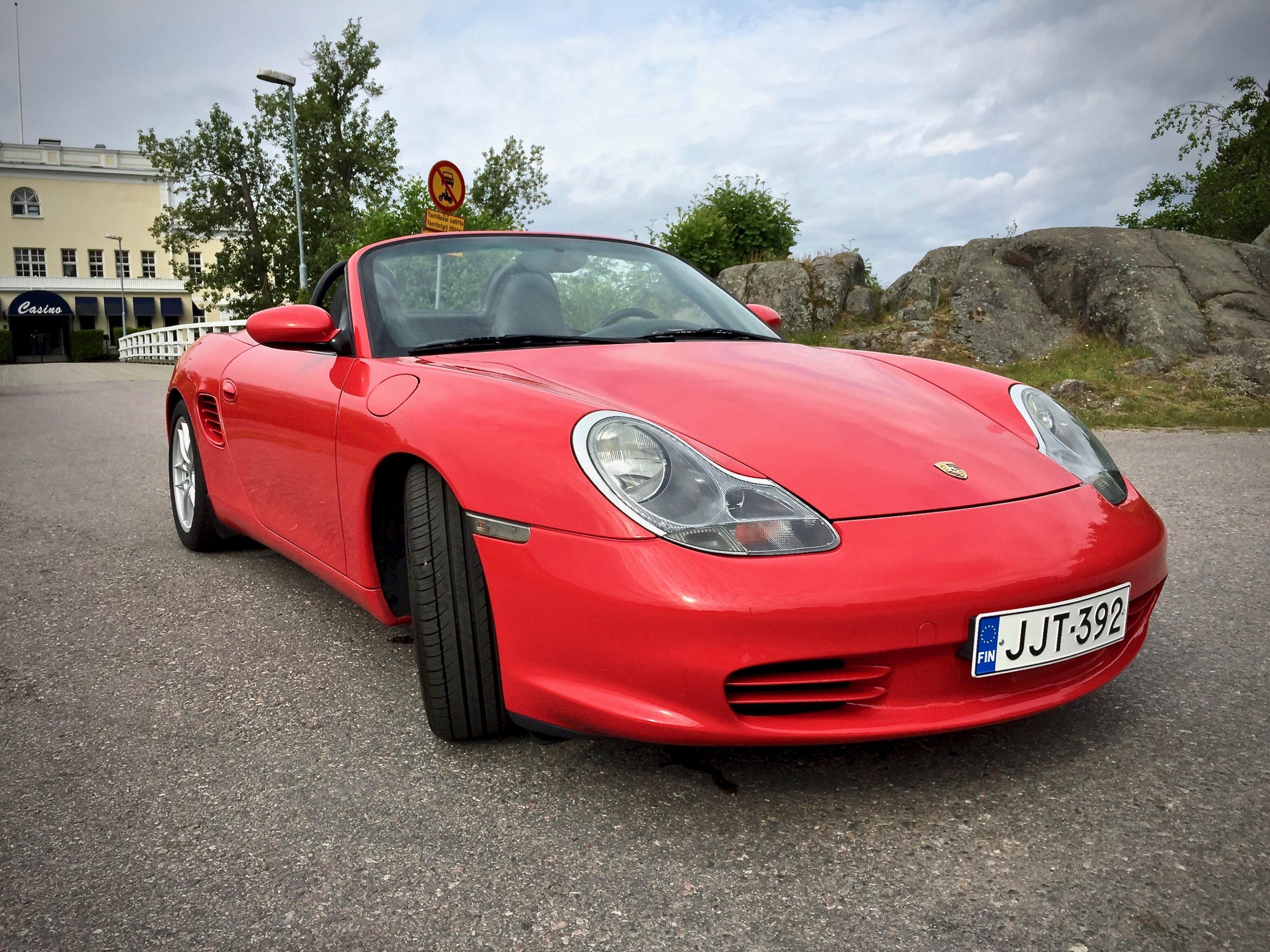 Myytävänä Porsche Boxster OE