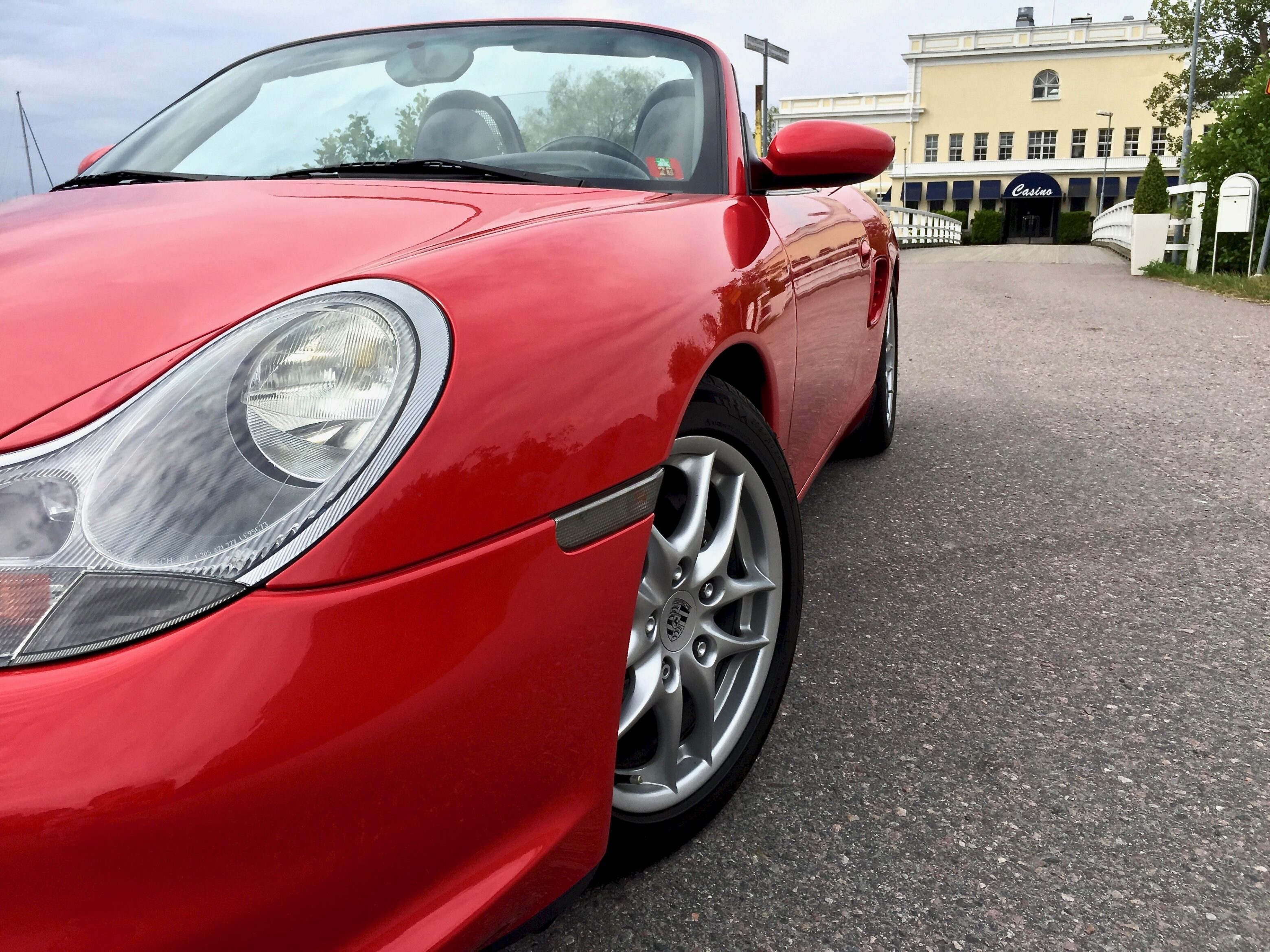 Myytävänä Porsche Boxster sivuv